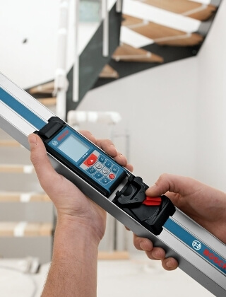 Bosch GLM 80 + R 60 Combo Kit with 265-Foot Distance Range and 24-Inch Digital Level ES5144