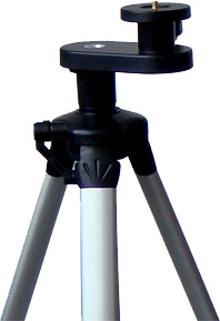 Johnson Level Dual Purpose Aluminum Tripod with Carrying Case 40-6861