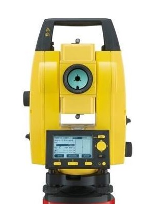 Leica 772731 - Builder 300 Series 9 Second Reflectorless Total Station ES7590