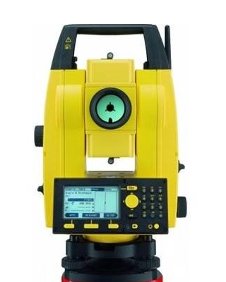 Leica 772735 - Builder 500 Series 9 Second Reflectorless Total Station ES7592