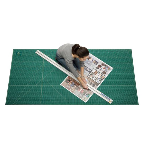 Green//Black Hanging Hole for Convenient Storage Alvin GBM0812 GBM-Series 8 1//2 x 12 Professional Self-Healing Cutting Mat